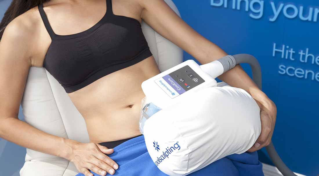 Woman under CoolSculpting® treatment